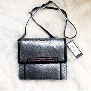 Nine West | black/silver printed crossbody purse